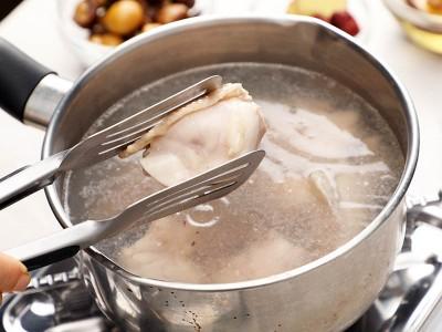 食譜-栗子香菇雞湯