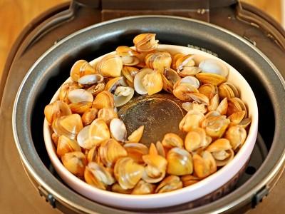 食譜-黑蒜頭蜆精