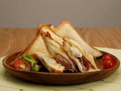食譜-培根芝心三明治
