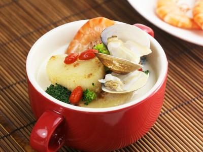 食譜-鮮味干貝豆漿鍋