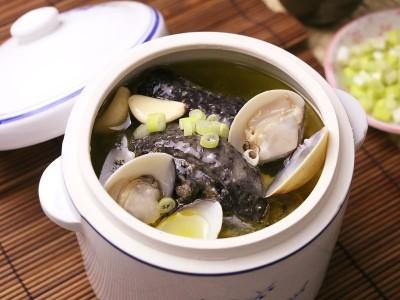 食譜-大蒜烏骨雞湯