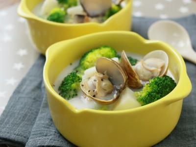 食譜-鮮蛤馬鈴薯牛奶湯
