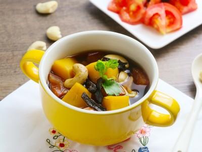 食譜-南瓜番茄腰果湯