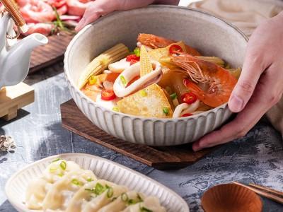 食譜-海鮮泡菜豆腐鍋+蒸餃