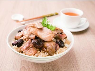 食譜-香菇滑雞煲仔飯