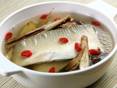 食譜-藥膳虱目魚湯