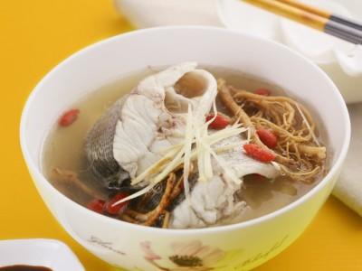 食譜-蔘鬚鱸魚湯