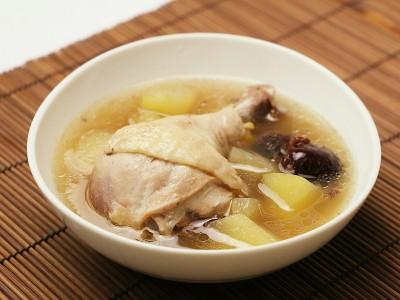 食譜-蘋果紅棗美容雞湯