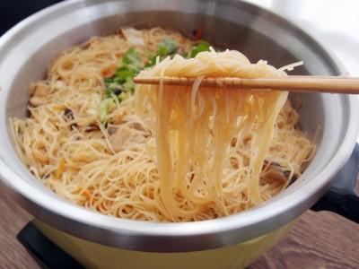 食譜-電鍋也可以輕鬆搞定【古早味炒米粉】