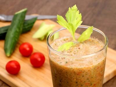 食譜-番茄芹菜黃瓜汁