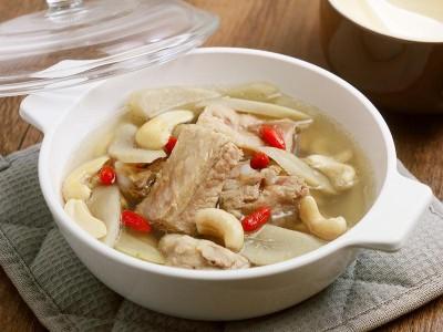 食譜-牛蒡腰果排骨湯