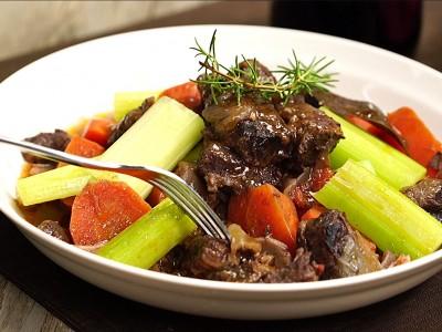 食譜-紅酒燉牛肉