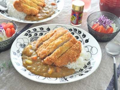 食譜-香濃卡滋,極品和風咖哩豬排飯