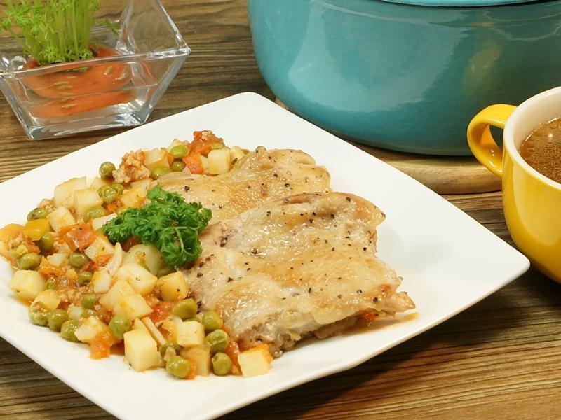 食譜-香煎雞排佐燉鮮蔬
