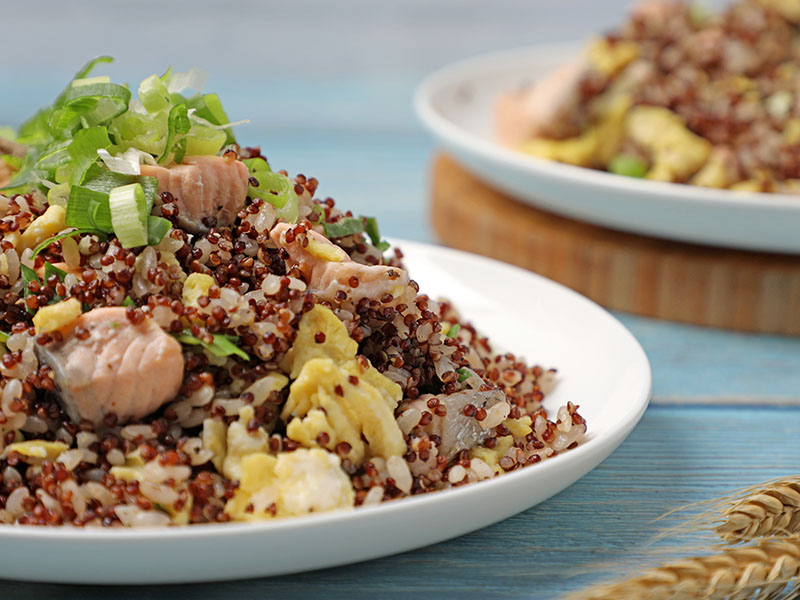 食譜-紅藜鮭魚蛋炒飯