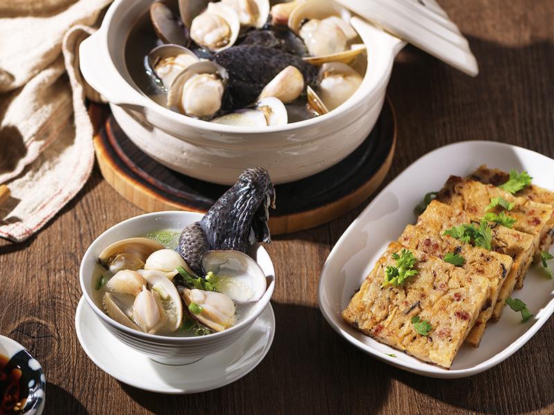 食譜-蘿蔔糕+蒜頭蛤蜊烏骨雞湯